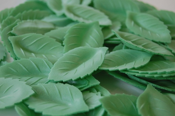Rosenblätter aus Esspapier 38mm - grün - 500 Stück